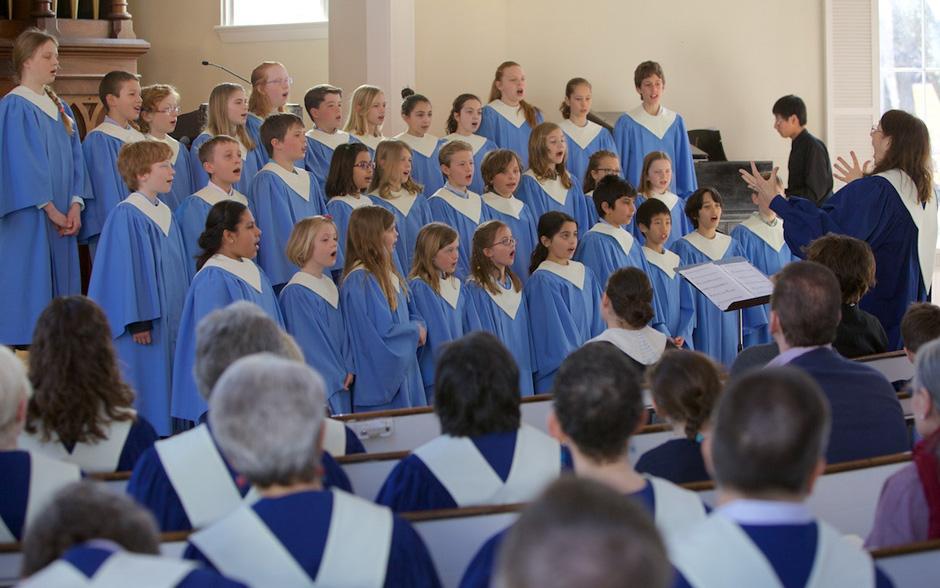 photo of childrens-choir-follen-church