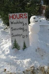 Christmas_tree_lot_snowman_img_0187_2007_jrp